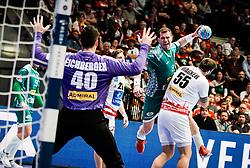 22.01.2020, Wiener Stadthalle, Wien, AUT, EHF Euro 2020, Oesterreich vs Weissrussland, Hauptrunde, Gruppe I, im Bild v. l. Thomas Eichberger (AUT), Siarhei Shylovich (BLR), Tobias Wagner (AUT) // f. l. Thomas Eichberger (AUT) Siarhei Shylovich (BLR) Tobias Wagner (AUT) during the EHF 2020 European Handball Championship, main round group I match between Austria and Belarus at the Wiener Stadthalle in Wien, Austria on 2020/01/22. EXPA Pictures © 2020, PhotoCredit: EXPA/ Florian Schroetter