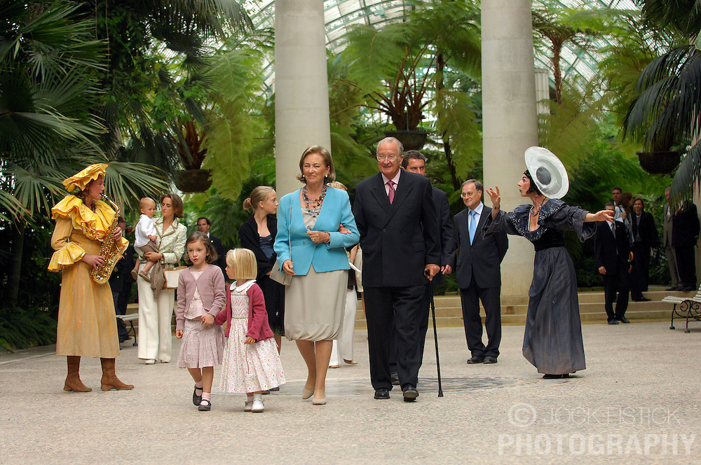BRUSSELS, BELGIUM - SEPT-2-2007 - The Belgian Royal Family celebrates Queen Paola's 70th Birthday at the Palace of Laeken. Pictured are: Queen Paola and King Albert II of Belgium, with their grandchildren at left, Princess Laetitia Maria, 4, daughter of Princess Astrid and Prince Lorenz of Belgium and Princess Louise, 3, daughter of Prince Laurent and Princess Claire of Belgium. (Photo © Jock Fistick)