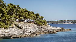 THEMENBILD - Campingplatz direkt an der Adria, aufgenommen am 27. Juni 2018 in Pula, Kroatien // Campsite direct at the Adriatic Sea, Pula, Croatia on 2018/06/27. EXPA Pictures © 2018, PhotoCredit: EXPA/ JFK