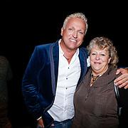 NLD/Amsterdam/20130121 - CD presentatie Geloof, Hoop en Liefde van LA the Voices, Gordon Heuckeroth en zus