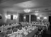 10/10/1960<br /> 10/10/1960<br /> 10 October 1960<br /> Views of Hotel Pierre in Dun Laoghaire, Dublin. The restaurant.