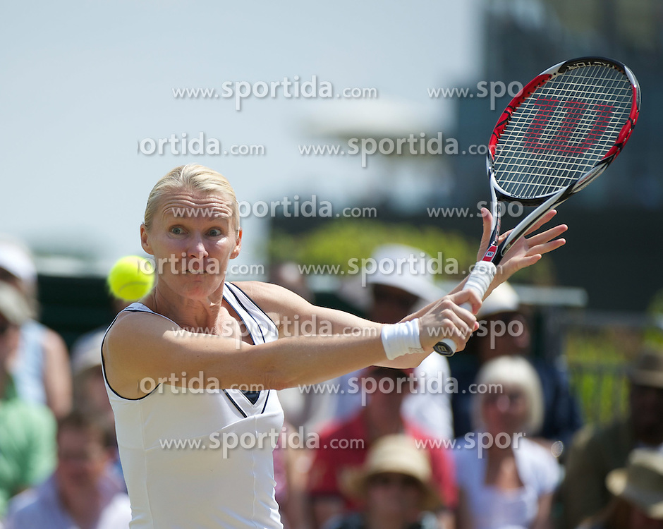 03.07.2011, Wimbledon, London, GBR, WTA Tour, Wimbledon Tennis Championships, Finale, im Bild Jana Novotna (CZE) in action during the Ladies' Invitation Doubles Final match on day thirteen of the Wimbledon Lawn Tennis Championships at the All England Lawn Tennis and Croquet Club. EXPA Pictures © 2011, PhotoCredit: EXPA/ Propaganda/ David Rawcliffe +++++ ATTENTION - OUT OF ENGLAND/UK +++++