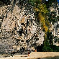 Dan Morris climbing Stalagasaurus, 6a+, Tonsai Beach, Thailand