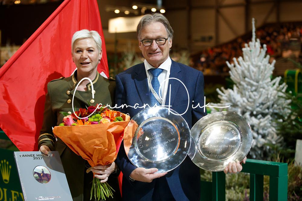 Inge Van der Net, Frank Kemperman, best dressage and driving  event CHIO Aachen <br /> Prize giving L'Année Hippique awards<br /> CHI de Genève 2017<br /> © Hippo Foto - Dirk Caremans<br /> 10/12/2017