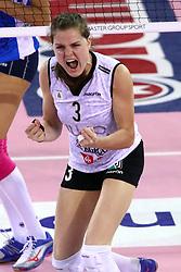 11-05-2017 ITA: Finale Liu Jo Modena - Igor Gorgonzola Novara, Modena<br /> Novara heeft de titel in de Italiaanse Serie A1 Femminile gepakt. Novara was oppermachtig in de vierde finalewedstrijd. Door een 3-0 zege is het Italiaanse kampioenschap binnen. / Yvon Belien #3<br /> <br /> ***NETHERLANDS ONLY***