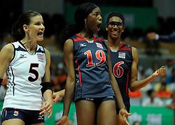 27-08-2010 VOLLEYBAL: WGP FINAL BRAZIL - USA: BEILUN NINGBO<br /> USA beats Brazil in five sets / Americans Destinee Hooker (19), Stacy Sykora (5) and Foluke Akinradewo (16) shout it out after the 3-2 win<br /> ©2010-WWW.FOTOHOOGENDOORN.NL