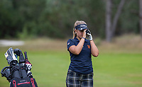 NUNSPEET  -  Roos Nijenhuis (Nederlands B) met rangefinder, ,  speler NGF Nationale selectie golf Nationale team,   COPYRIGHT KOEN SUYK