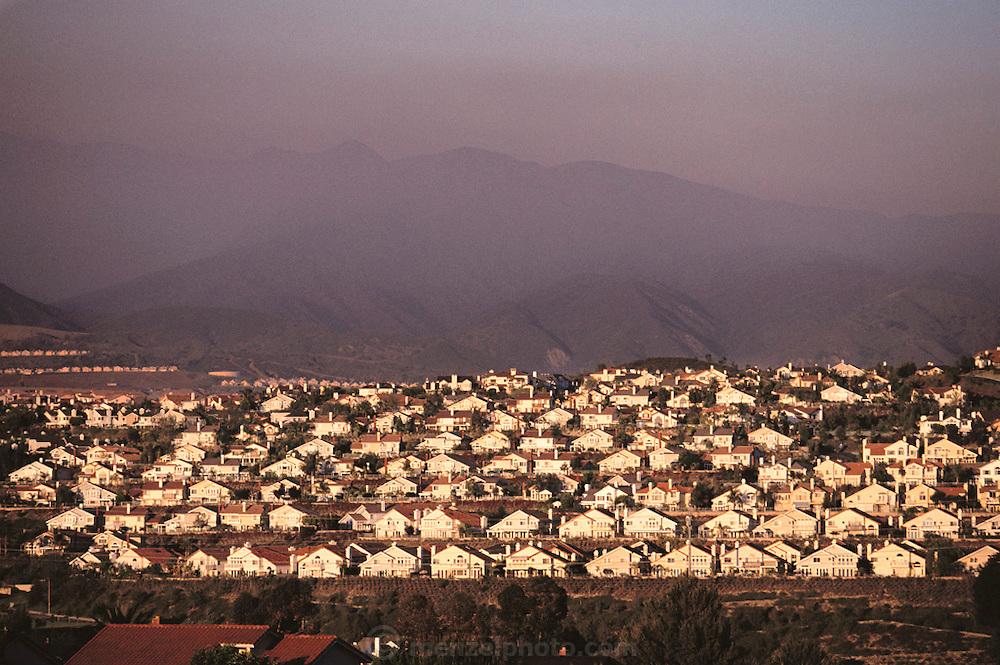 Homes on a hill above Lake Mission Viejo, Mission Viejo, Orange County, California.