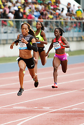 women's 200 meters, Sanya Richards-Ross, USA,  on way to win,