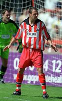Darren Roberts (exeter City) Exeter City v Everton, Pre-Season Friendly, 5/08/2000. Credit: Colorsport / Matthew Impey