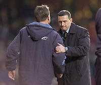 Photo: Olly Greenwood.<br />West Ham United v Watford. The Barclays Premiership. 10/02/2007. Watford manager Aidy Boothroyd shakes hands with West Ham manager Alan Curbishley after the game