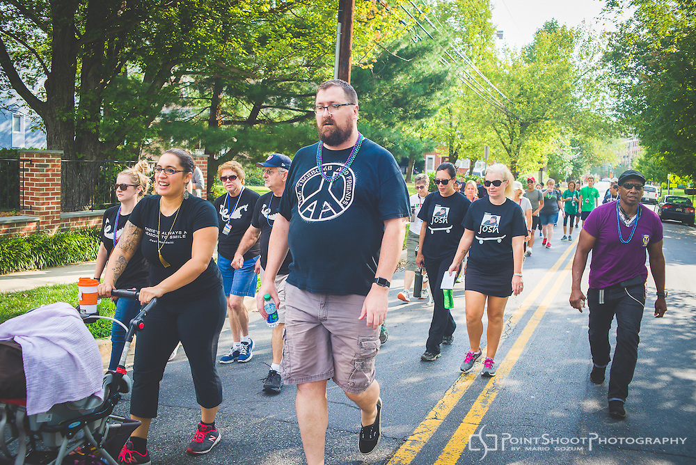 2016 AFSP Out Of The Darkness Community Walk, Montgomery County, Maryland. Event photograpy by  Mario Gozum, www.pointshootphoto.com
