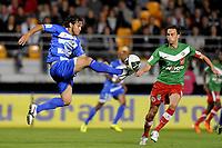 FOOTBALL - FRENCH CHAMPIONSHIP 2011/2012 - ES TROYES v CS SEDAN  - 20/09/2011 - PHOTO JEAN MARIE HERVIO / DPPI - MARCOS (ESTAC) / JEROME LEMOIGNE (SED)