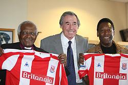 File photo dated 12-07-2008 of Former England goalkeeper Gordon Banks (centre) with Archbishop Desmond Tutu (left) and former Brazilian star Pele.
