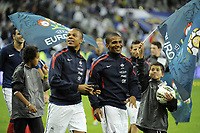 FOOTBALL - UEFA EURO 2012 - QUALIFYING - GROUP D - FRANCE v BOSNIA - 11/10/2011 - PHOTO JEAN MARIE HERVIO / DPPI - JOY LOIC REMY / FLORENT MALOUDA (FRA) AT THE END OF THE MATCH
