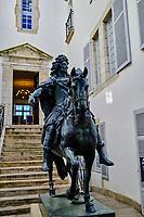 France, Pyrénées-Atlantiques, Pays Basque, Saint-Jean-de-Luz, belle demeure du XVIIe, construite en 1643 par Joannis de Lohobiague, riche armateur luzien où vécut Louis XIV lors de son mariage avec l'infante d'Espagne // France, Pyrénées-Atlantiques, Basque Country, Saint-Jean-de-Luz, beautiful 17th century residence, built in 1643 by Joannis de Lohobiague, a wealthy shipowner from Luzien where Louis XIV lived during his marriage to the Infanta of Spain