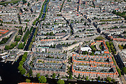 Nederland, Amsterdam, stadsdeel Zuid 25-05-2010. Overzicht Oud-Zuid, de Nieuwe Pijp. Links Hobbemakade / Ruysdaelkade, rechts Scheldestraat / Ferdinand Bolstraat. De wijk maakt deel uit van het Plan Zuid (architect Berlage)..Overview southern part of the city. The district is part of the Plan South (Berlage architect)..luchtfoto (toeslag), aerial photo (additional fee required).foto/photo Siebe Swart
