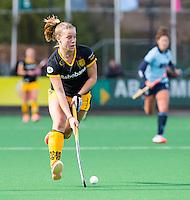 LAREN - Hockey - Hoofdklasse competitie dames . Laren-Den Bosch (1-2). Joosje Burg (Den Bosch)   COPYRIGHT KOEN SUYK