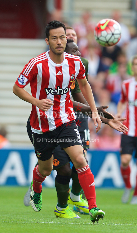 SOUTHAMPTON, ENGLAND - Saturday, August 15, 2015: Southampton's Maya Yoshida in action against Everton during the FA Premier League match at St Mary's Stadium. (Pic by David Rawcliffe/Propaganda)