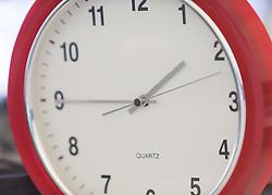 THEMENBILD - am 25. Oktober 2015 um 3 Uhr Früh werden die Uhren wieder um eine Stunde zurückgedreht, aufgenommen am 23. Oktober 2015, Innsbruck, Österreich // on October 25, 2015 by 3 clock morning the clocks are put back, Innsbruck, Austria on 2015/10/23. EXPA Pictures © 2015, PhotoCredit: EXPA/ Jakob Gruber