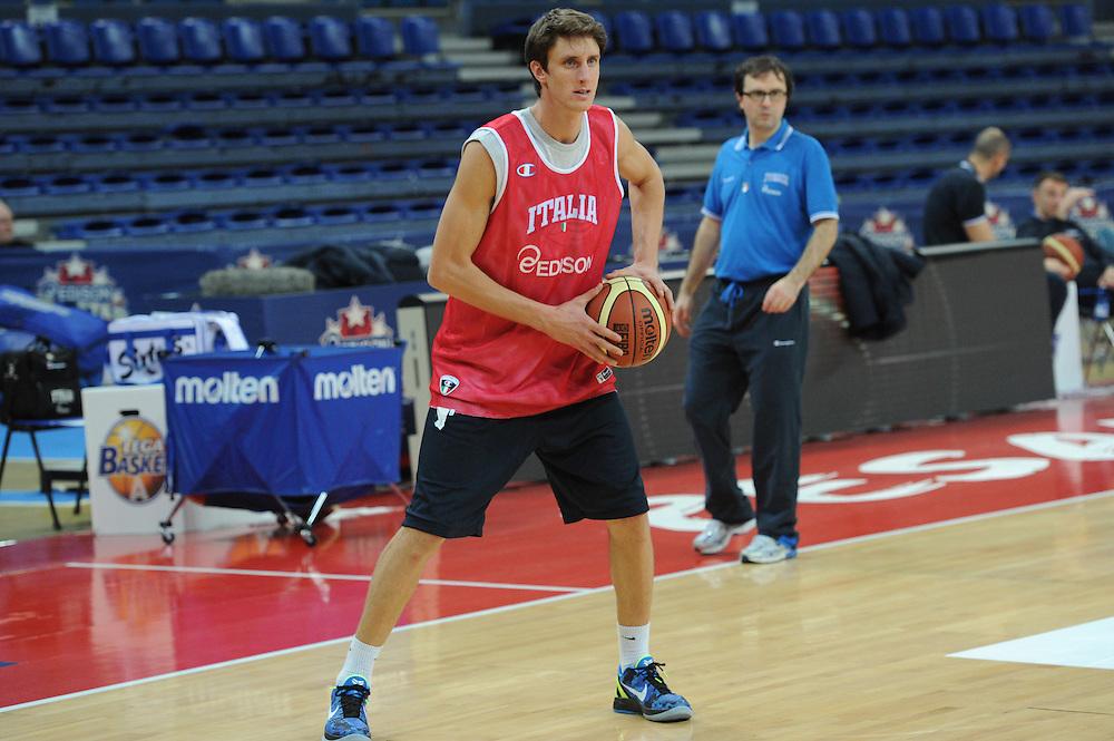 DESCRIZIONE : Pesaro allenamento All star game 2012 <br /> GIOCATORE : Achille Polonara <br /> CATEGORIA : ritratto<br /> SQUADRA : Italia<br /> EVENTO : All star game 2012<br /> GARA : allenamento Italia<br /> DATA : 09/03/2012<br /> SPORT : Pallacanestro <br /> AUTORE : Agenzia Ciamillo-Castoria/GiulioCiamillo<br /> Galleria : Campionato di basket 2011-2012<br /> Fotonotizia : Pesaro Campionato di Basket 2011-12 allenamento All star game 2012<br /> Predefinita :