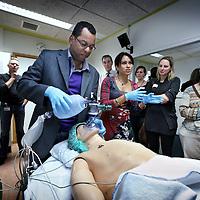 Nederland, Amsterdam , 12 november 2010..Workshop simulatie. Kijkje in de simulator en zie hoe risicovolle situaties worden geoefend.Foto:Jean-Pierre Jans