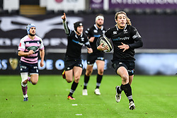 Ospreys' Jeff Hassler runs in his sides first try<br /> <br /> Photographer Craig Thomas/Replay Images<br /> <br /> Guinness PRO14 Round 13 - Ospreys v Cardiff Blues - Saturday 6th January 2018 - Liberty Stadium - Swansea<br /> <br /> World Copyright © Replay Images . All rights reserved. info@replayimages.co.uk - http://replayimages.co.uk