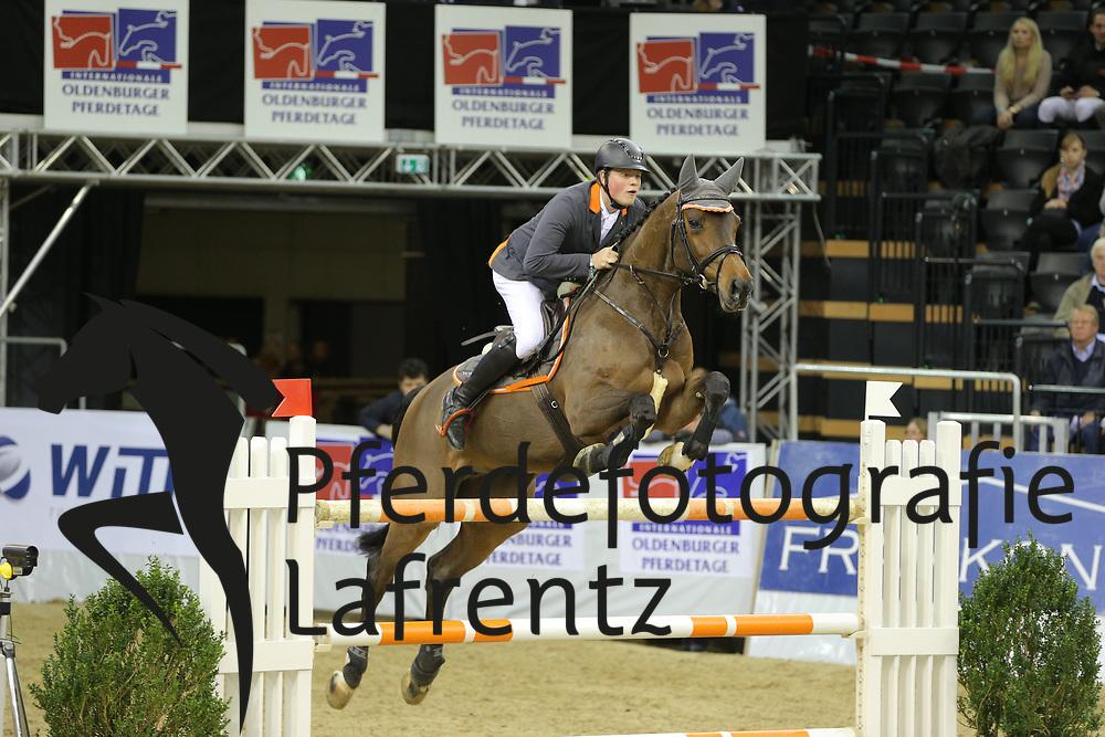 Wernke, Jan Queen Mary <br /> Oldenburg - Oldenburger Pferdetage 2013<br /> Internationales Springen<br /> © www.sportfotos-lafrentz.de / Stefan Lafrentz