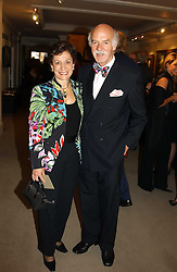 MR & MRS ANTON MOSIMANN at auctioneers Sotheby's Summer party held at their showrooms in 34-35 New Bond Street, London W1 on 6th June 2005.<br /><br />NON EXCLUSIVE - WORLD RIGHTS
