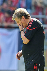 24.07.2010, Fritz-Walter Stadion, Kaiserslautern, GER, 1. FBL, Friendly Match, 1.FC Kaiserslautern vs FC Liverpool, im Bild Roy HODGSON (Trainer Liverpool), Freisteller, Einzelaktion / Aktion, Geste, EXPA Pictures © 2010, PhotoCredit: EXPA/ nph/  Roth+++++ ATTENTION - OUT OF GER +++++ / SPORTIDA PHOTO AGENCY