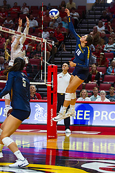 BLOOMINGTON, IL - September 15: Gwyn Jones during a college Women's volleyball match between the ISU Redbirds and the Marquette Golden Eagles on September 15 2019 at Illinois State University in Normal, IL. (Photo by Alan Look)