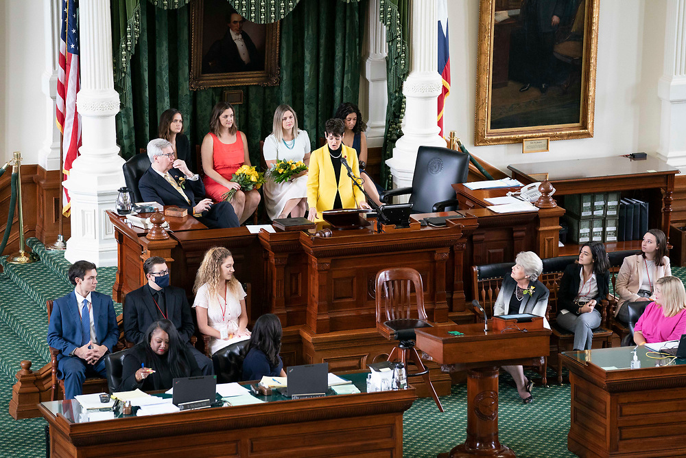 Sen. Donna Cambell, R-New Braunfels, gives a speech in the Senate after being named Speaker Pro Tem on the final day of the 87th Texas Legislature.
