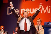 24.08.1998, Germany/Aachen:<br /> Gerhard Schröder, SPD Kanzlerkandidat, nach einer Rede, Kundgebung, Katschhof<br /> IMAGE: 19980824-04/02-32<br /> KEYWORDS: Gerhard Schroeder
