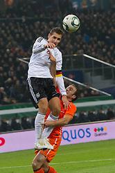 15-11-2011 VOETBAL: DUITSLAND - NEDERLAND: HAMBURG<br /> Joris Mathijsen, Miroslav Klose<br /> ***NETHERLANDS ONLY***<br /> ©2011-FRH- NPH/Kokenge