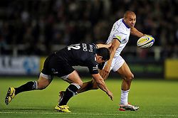 Jonathan Joseph of Bath Rugby looks to get past Juan Socino of Newcastle Falcons - Photo mandatory by-line: Patrick Khachfe/JMP - Mobile: 07966 386802 10/04/2015 - SPORT - RUGBY UNION - Newcastle upon Tyne - Kingston Park - Newcastle Falcons v Bath Rugby - Aviva Premiership
