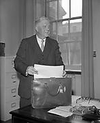 24 April 1960<br /> <br /> Minister for Finance James Ryan on Budget Day.