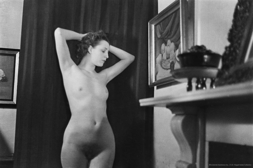 Miss Rhoda Beazley, nude, location unknown, Austria, 1935