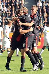 15.10.2011,  BorussiaPark, Mönchengladbach, GER, 1.FBL, Borussia Mönchengladbach vs Bayer 04 Leverkusen, im Bild.Torjubel / Jubel  nach dem 0:1 durch Stefan Reinartz (Leverkusen #3) (L) mit Stefan Kiessling (Leverkusen #11) (M) und Lars Bender (Leverkusen #8) (R) ..// during the 1.FBL, Borussia Mönchengladbach vs Bayer 04 Leverkusen on 2011/10/13, BorussiaPark, Mönchengladbach, Germany. EXPA Pictures © 2011, PhotoCredit: EXPA/ nph/  Mueller *** Local Caption ***       ****** out of GER / CRO  / BEL ******
