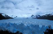 sehenswerte und sich ausbreitende Gletscher im Los Glaciares National Park, Patagonien, Argentinien * the stunning and expanding glacier in the Los Glaciares National Park, Patagonia, Argentina