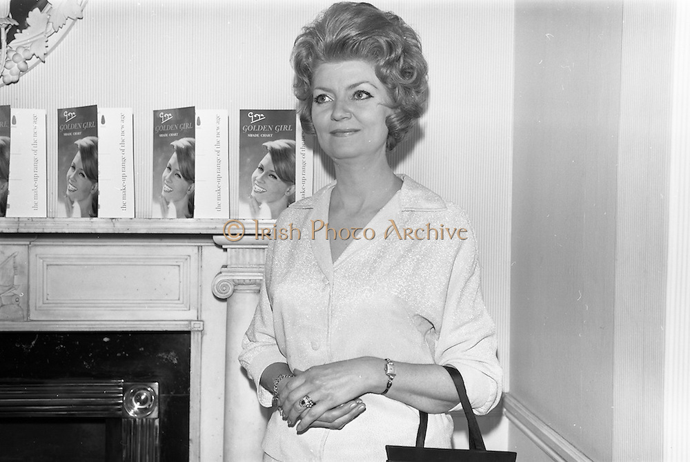09/04/1964<br /> 04/09/1964<br /> 09 April 1964<br /> Goya Cosmetics Reception at the Russell Hotel, Dublin. Pictured at the reception was Mrs P. Patrick of Goya.