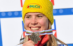 18.02.2021, Cortina, ITA, FIS Weltmeisterschaften Ski Alpin, Riesenslalom, Damen, Siegerehrung, im Bild Katharina Liensberger (AUT) Bronze Medaillie // Katharina Liensberger of Austria bronce medal during the winner ceremony for the women giant slalom of FIS Alpine Ski World Championships 2021 in Cortina, Italy on 2021/02/18. EXPA Pictures © 2021, PhotoCredit: EXPA/ Erich Spiess