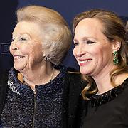 NLD/Amsterdam/20180305 - Première Bankier van het Verzet, Prinses Beatrix en Prinses Margarita