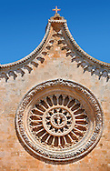 Rose Window on the The Italian Gothic medieval Cathedral of Ostuni built between 1569-1495  .Ostuni, The White Town, Puglia, Italy. .<br /> <br /> Visit our ITALY HISTORIC PLACES PHOTO COLLECTION for more   photos of Italy to download or buy as prints https://funkystock.photoshelter.com/gallery-collection/2b-Pictures-Images-of-Italy-Photos-of-Italian-Historic-Landmark-Sites/C0000qxA2zGFjd_k<br /> .<br /> <br /> Visit our MEDIEVAL PHOTO COLLECTIONS for more   photos  to download or buy as prints https://funkystock.photoshelter.com/gallery-collection/Medieval-Middle-Ages-Historic-Places-Arcaeological-Sites-Pictures-Images-of/C0000B5ZA54_WD0s