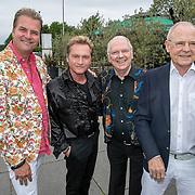 NLD/Hoofddorp/20190603 - 39ste Society Lunch, Ronald Moray met partner Gerrit, Ronnie Tober en partner Jan Jochems