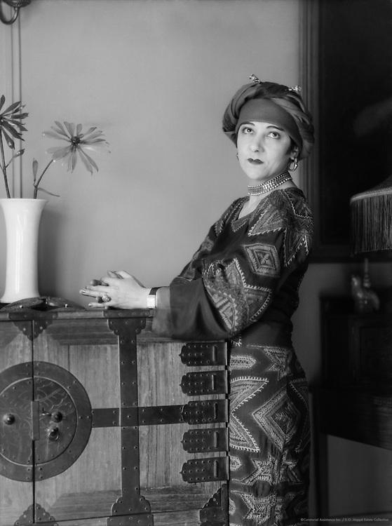 Fania Marinoff, actress and wife of Carl van Vechten, 1926