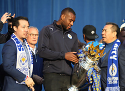 Wes Morgan of Leicester City (C) with the trophy at Victoria park during the victory celebrations  - Mandatory by-line: Jack Phillips/JMP - 16/05/2016 - FOOTBALL - Leicester City FC, Sky Bet Premier League Winners 2016 - Leicester City Victory Parade