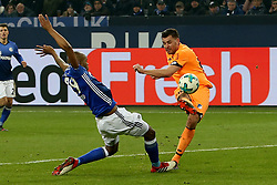 GELSENKIRCHEN, Feb. 18, 2018  Hoffenheim's Adam Szalai (R) and Schalke's Naldo vie for the ball during the German Bundesliga soccer match between FC Schalke 04 and Hoffenheim, in Gelsenkirchen, western Germany, on Feb. 17, 2018. Schalke won 2-1. (Credit Image: © Joachim Bywaletz/Xinhua via ZUMA Wire)