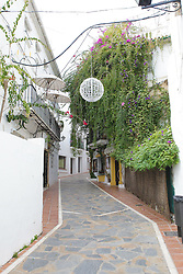 10.01.2012, Marbella, Spanien, ESP, Marbella im Focus, im Bild Enge Gasse mit Weihnachtsschmuck in der Altstadt von Marbella, Andalusien, Spanien. EXPA Pictures © 2012, PhotoCredit: EXPA/ Eibner/ Andre Latendorf..***** ATTENTION - OUT OF GER *****