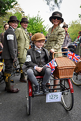 © Licensed to London News Pictures. 06/05/2017. London, UK. Participants take part in the annual Tweed Run.  The 12 mile circuit takes in landmarks around central London, with stops for tea en route, and all with riders wearing vintage outfits. Photo credit : Stephen Chung/LNP