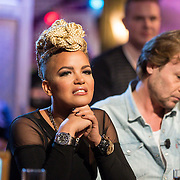 NLD/Hilversum/20131130 - Start Radio 2000, dj's top2000, Eva Simon